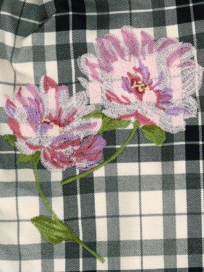 ピオニー刺繍